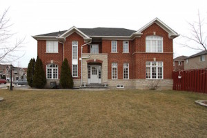 7155 Lowville Heights Home for Sale in Lisgar Mississauga
